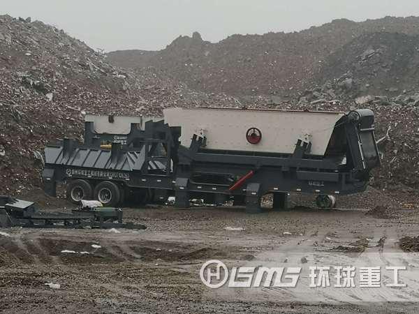 河北唐山的小型移动式建筑垃ji破碎站