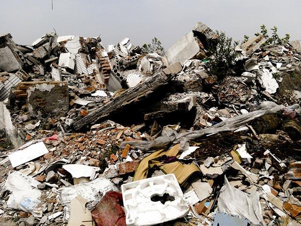 施工现场的建筑垃圾