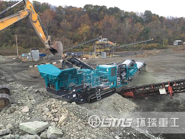 履带移动式建zhu垃圾po碎站用于建zhu垃圾po碎回收
